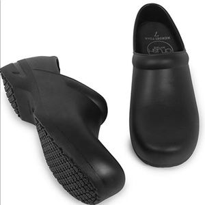 Shoes - Barley worn/ like new